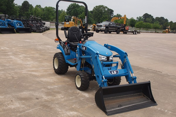 ls-mt122-tractor