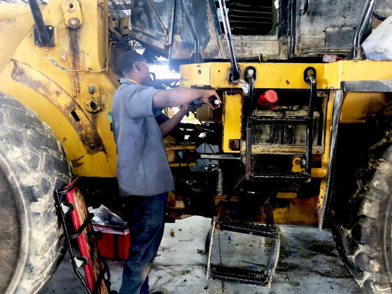 Riggs Cat technician working